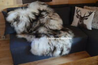 Black-White Icelandic Genuine Sheepskin Lambskin Sheep skin rug pelt long wool