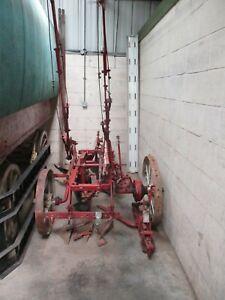 IH / International 2 furrow Trailed Plough