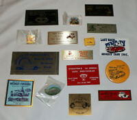 lot of vintage 1979-82 hot rod car show dash plaques, pins, buttons CA, NV & BC