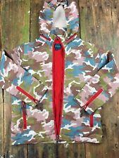 O16 Boys Mini Boden light weight rain hood  Camouflage Print 7-8 PLAY