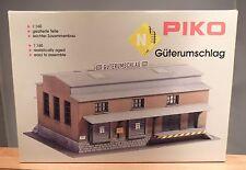 "Piko N 60027  Bausatz ""Güterumschlag""      NEU & OVP"