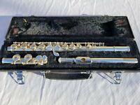 Yamaha 225SII Silver Flute With Original Hard Yamaha Case