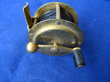 """A GOOD LITTLE VINTAGE 2 1/4"""" BRASS CRANK WIND CHILDS TROUT FLY REEL"""