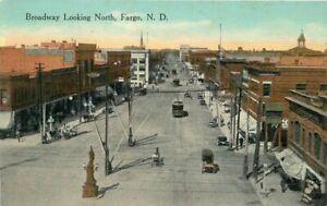 Broadway Looking North Fargo North Dakota C-1910 Postcard 21-2170