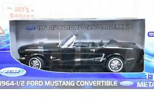 1964-1/2 Ford Mustang Convertible - 1:18 Scale Welly 12519B