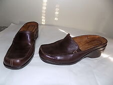 "Fabulous Brown ""Morra"" NATURALIZER Clogs  Size 9.5 Leather Upper   Lipped  heel"