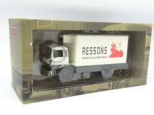 IXO Camión de Antaño 1/43 - Berliet 130 B11 Camioneta Nevera