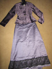 Velvet Victorian Costumes for Women