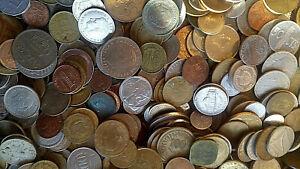 LOT DE 4,5 KG DE PIECES DE MONNAIES ETRANGERES - LOT VARIE A TRIER