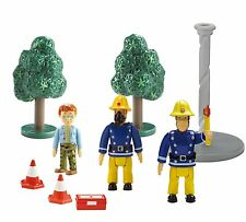 FIREMAN SAM - FIGURE AND ACCESSORY PACK - 9 PIECES - BNIB