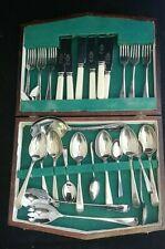 Shefield G& Co 65X NX Mixed Set  Cutlery Dining Dinner Service Set Oak Box