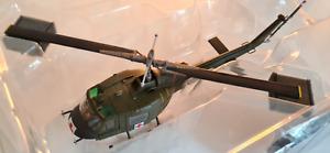 Hobby Master HH1007 1:72 Bell UH-1B Huey US Army Medivac Vietnam War SMALL FAULT