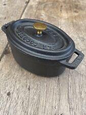 "staub ""mini cocotte Oval black 11cm"" small cast iron."
