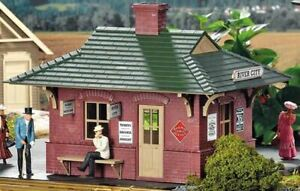 PIKO G SCALE RIVER CITY STATION BUILT-UP   BN   62709