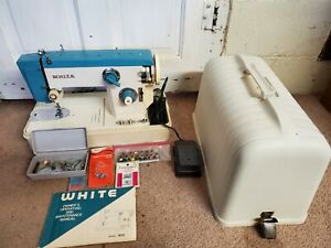 Vintage White Model 455 Sewing Machine in Case w/Manual & Accessories