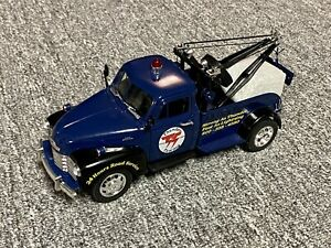 1953 Chevy Wrecker 1/24 Scale Blue Thunder Towing Tow Truck Diecast