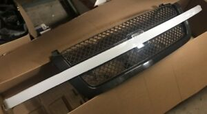 2003-2006 OEM GM Chevy Silverado Cadillac Escalade Front Grill Grille Assembly