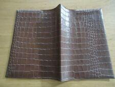 PROTEGE CAHIER ANCIEN SKYVERTEX MARRON 19 cm x 24 cm FEUILLAGE motif croco