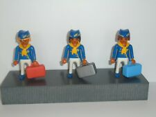 PLAYMOBIL - 3 AIR HOSTESSES WITH ACCESSORIES