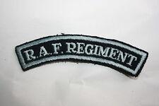 ORIGINAL WW2 BRITISH ROYAL AIR FORCE REGIMENT RAF CLOTH SHOULDER TITLE