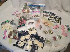 35 Pc Lot Multi Color ROSES Dolls Craft Pieces Mixed Sizes Sewing Scrapbook