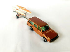 Majorette 1/60 Nr. 220 Volvo 245 DL & Trailer &  2 Kanu / 1979 brown metallic