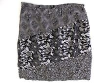Requirements Size 2X Pencil Skirt Black&White Floral Pattern Lined With Side Zip