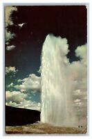 WY Wyoming, Old Faithful Geyser, Yellowstone National Park, Postcard Posted 1965