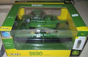 1/64 Ertl John Deere S690 Authentic #3 Combine