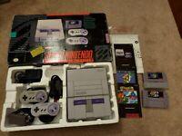 Super Nintendo IN BOX +  Super Mario World + World 2 READY TO PLAY!!
