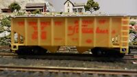 Life- Like HO Union Pacific Covered Hopper, Exc