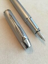 PARKER IM SATIN SILVER CHROME TRIM MEDIUM NIB FOUNTAIN PEN-FRANCE-BLACK INK-MINT