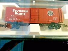 Z Scale Southern Pacific 40' Single Door Box Car 14192 by Micro Trains