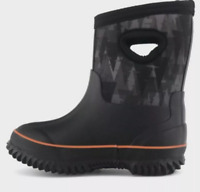 Boy's Toddler Boots Waterproof Snow Boots Pull On Black Camouflage size 6-7