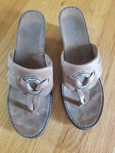 Ariat Wedge Womens Sz 9B Taupe Sandals Style 21110