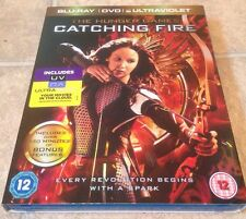 The Hunger Games - Catching Fire (Blu-ray and DVD Combo, 2-Discs & Ultraviolet)