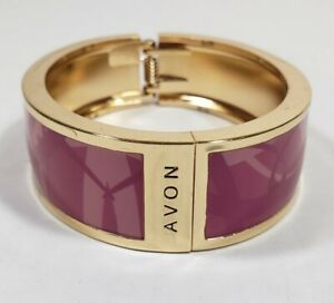 Avon Wide Pink Oval Gold Tone Hinged Clamper Bangle Bracelet