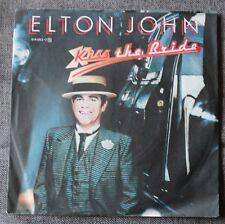 Elton John, kiss the bride / cold as christmas, SP - 45 tours import