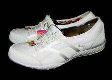 NWOB $65 SKECHERS Breathe Easy Faithful Relaxed Fit Sneaker 23030 Wo's 11 White