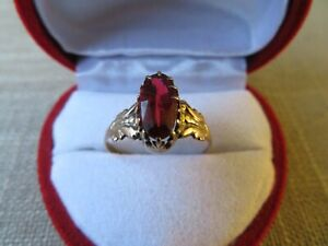 Old Antique 10k Solid Yellow Red Glass Ring Size 7.5 - 1.68 Grams