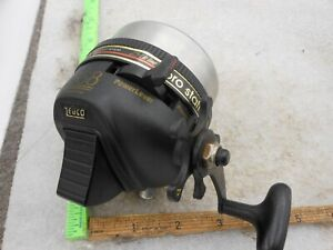 Vintage Zebco 888 PRO STAFF Heavy Duty SPINCASTING Fishing Reel USA METAL FOOT