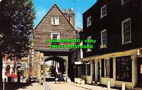 R526676 Rochester. College Gate. Postcard