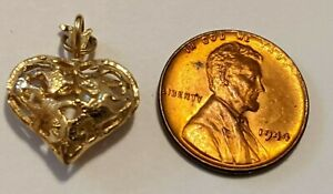 14K YELLOW GOLD HEART CHARM PEARL INSIDE 1.85+ GRAMS DIAMOND CUTS STAMPED TESTED