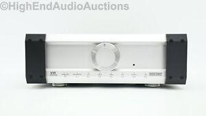 Musical Fidelity kW Hybrid Line Preamplifier - Audiophile