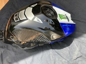 YAMAHA R1 2009-2014 FUEL TANK Dented