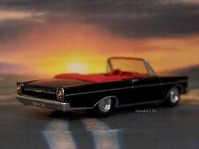 1965 65 FORD GALAXIE 500 CONVERTIBLE 1/64 SCALE COLLECTIBLE DIORAMA MODEL
