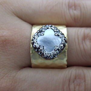 FC111514 Natural White Shell Trimmed With Marcasite Cuff Ring