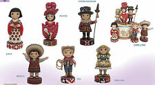 Disney Traditions Jim Shore It's a SMALL WORLD 6 Country Set + Musical Displayer