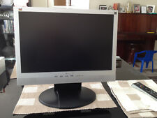 "Viewsonic 19"" LCD Monitor VA1912w With Built in Speakers Hardly Used Exc. Cond."