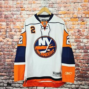 NEW YORK ISLANDERS Reebok Streit No.2 NHL Men's Size M White Long Sleeve Jersey